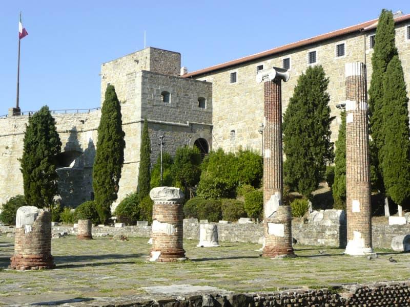 San Giusto - Foro Romano
