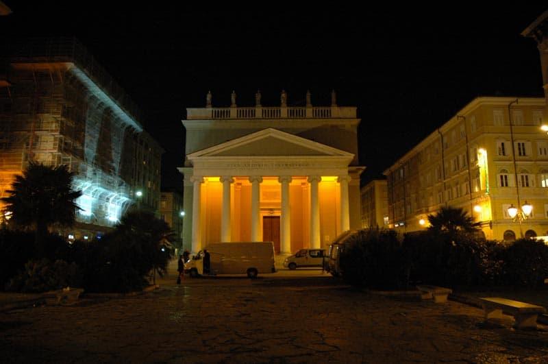 Sant'Antonio di notte